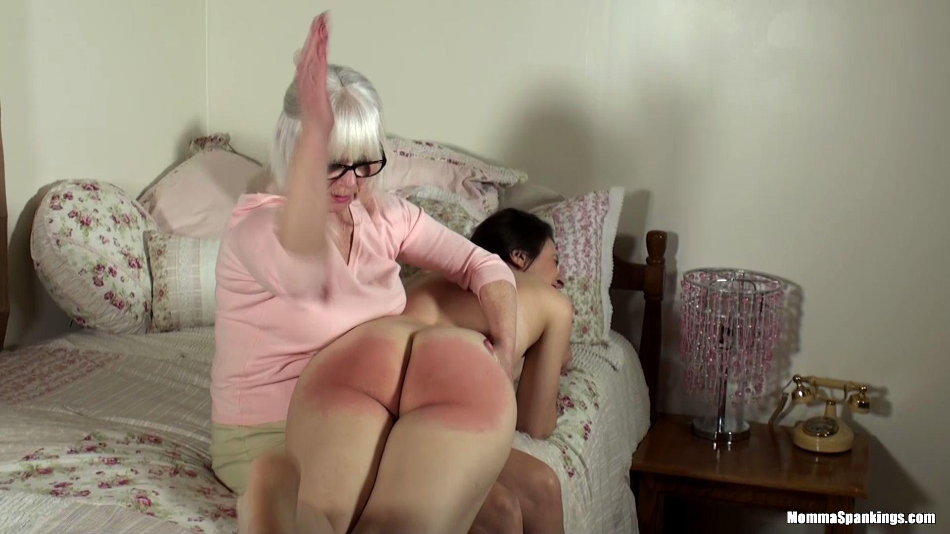 Momma Spankings