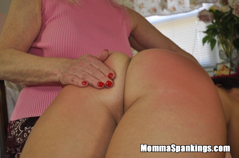 lesbian lovers spanking